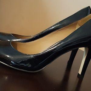 Black patent leather Ann Taylor heels